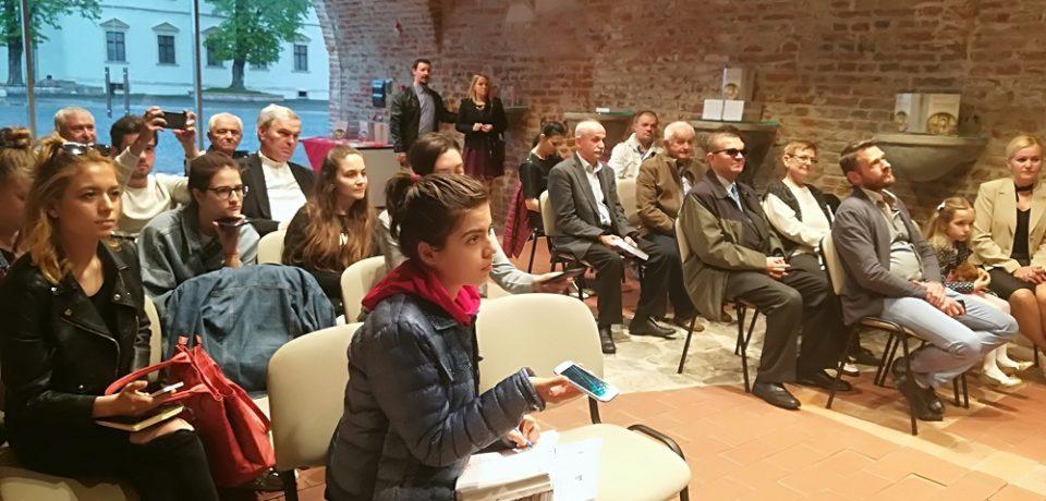 """""""Rapsodia leacurilor sufletești"""" oferită de Ștefan Lazăr"""