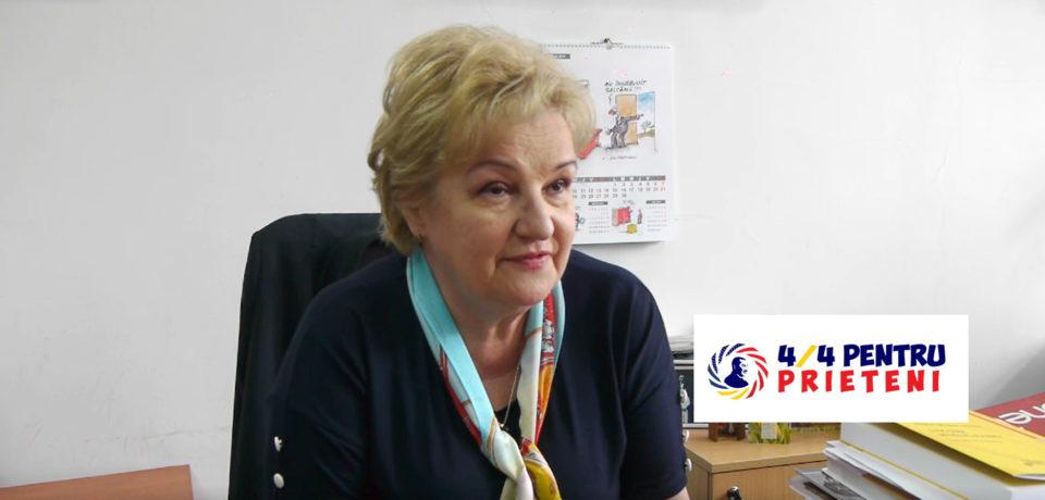 Bibliotecarii bihoreni, mentori și voluntari pentru copii și seniori . VIDEO