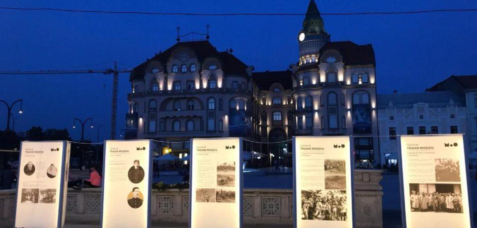 De sărbători, expoziție nocturnă în Piața Unirii din Oradea