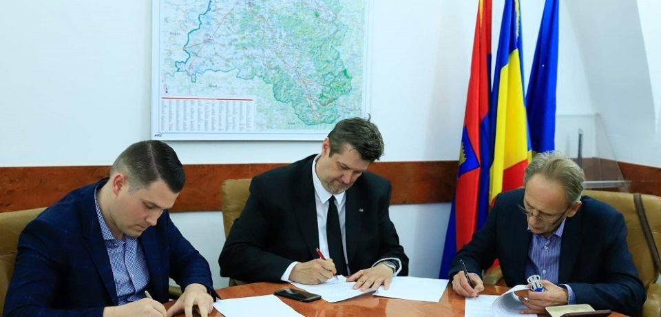 Se întocmesc proiectele tehnice pentru bazinele didactice de înot din Salonta și Beiuș