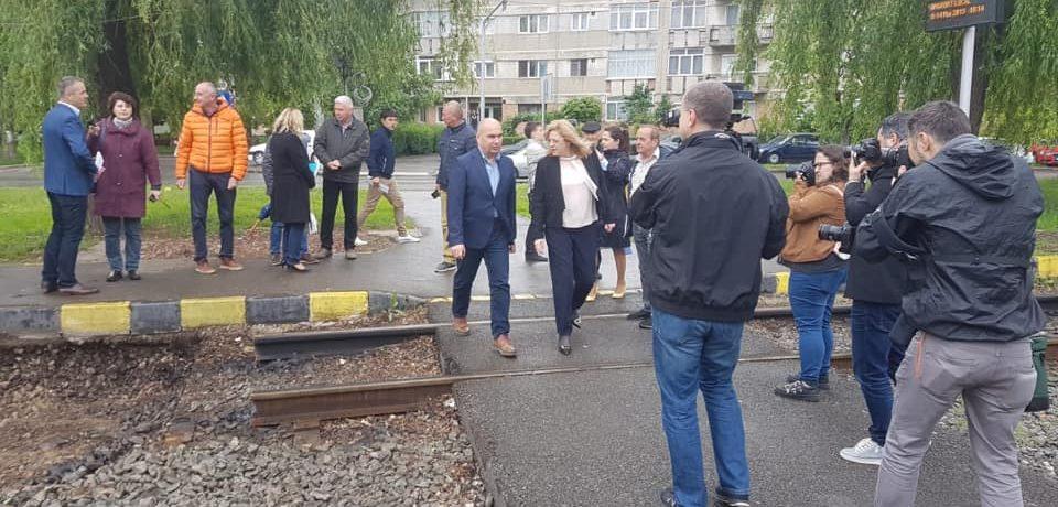 La pas prin Oradea. Corina Cretu a vizitat santierele din oras finantate cu fonduri europene