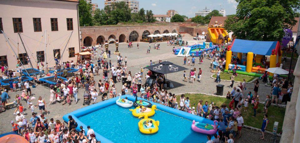 A început înscrierea pentru închirierea amplasamentelor la Festivalul Copiilor Oradea