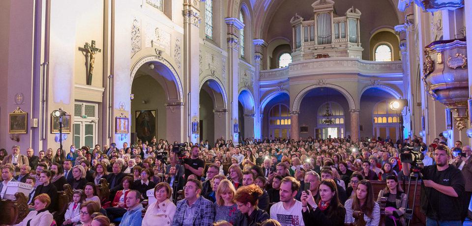 Concert caritabil susținut de către Paula Seling și Laura Bretan, găzduit de Biserica Sf. Spirit din Oradea