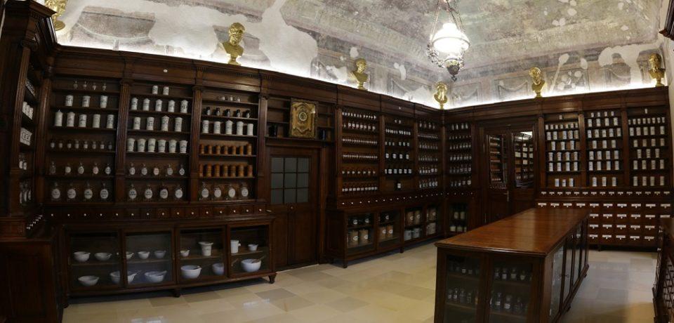 Apotheca Rodia se va redeschide publicului sub forma unui Muzeu al Farmaciei