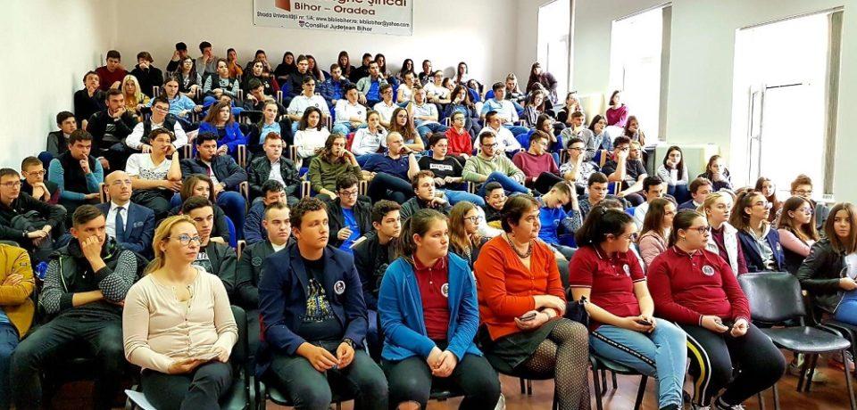 """Liceul Ortodox """"Episcop Roman Ciorogariu"""" Oradea , Școală Ambasador a Parlamentului European, a sărbătorit Ziua Europei"""
