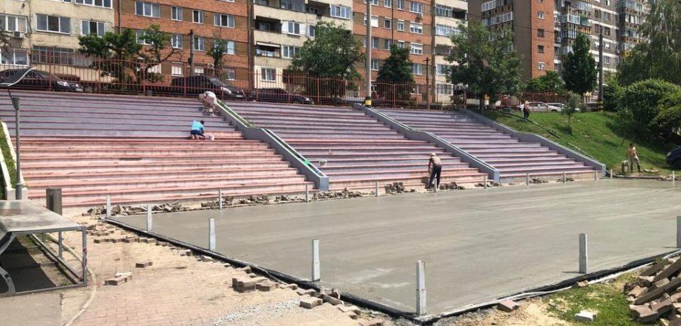 În Orășelul Copiilor se amenajează un teren de minifotbal