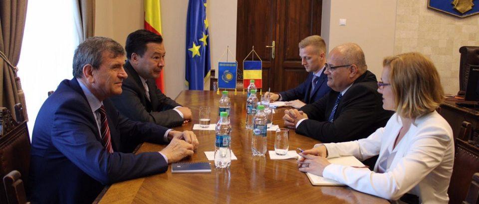 Ambasadorul Republicii Kazahstan în România a vizitat Bihorul. Comunicat