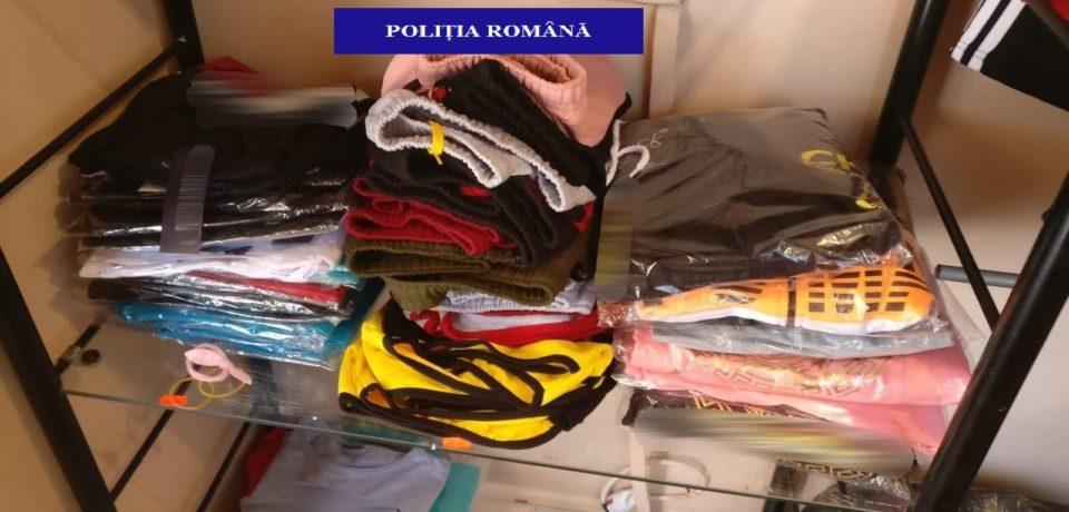 Peste 275 de produse de îmbrăcăminte și parfumuri contrafăcute, confiscate de polițiștii bihoreni