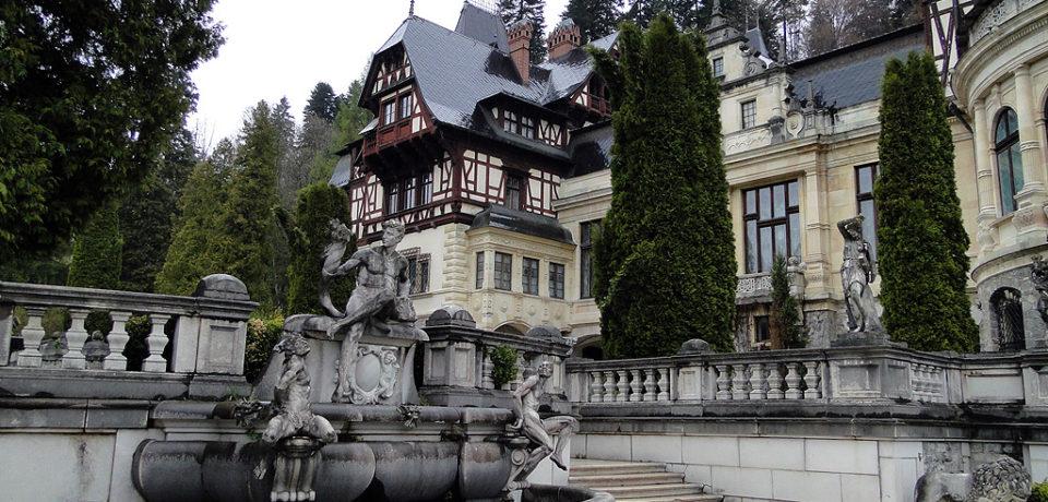 Castelul Peleș poate fi vizitat și virtual, din orice colț al lumii