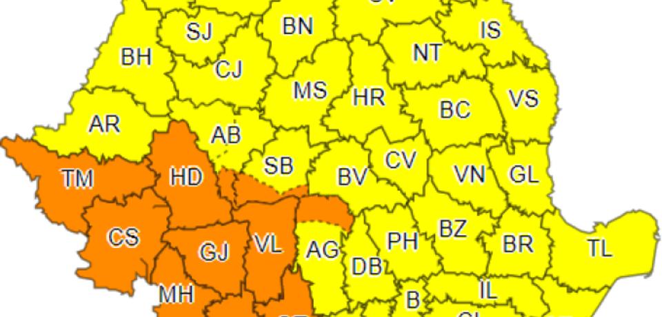 Cod galben de furtuni în Bihor. Meteorologii anunță ploi și disconfort termic