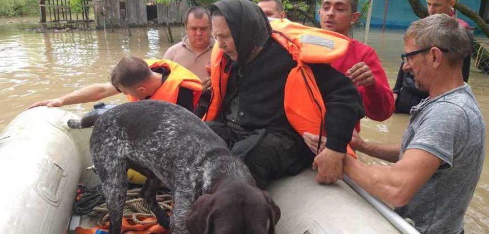 53 de localităţi din 19 judeţe, printre care şi Bihorul, afectate de ploile abundente şi de vijelii