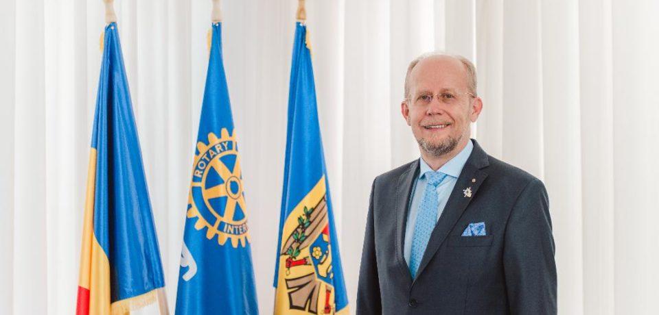 Un orădean preia conducerea Rotary D2241 România şi Republica Moldova