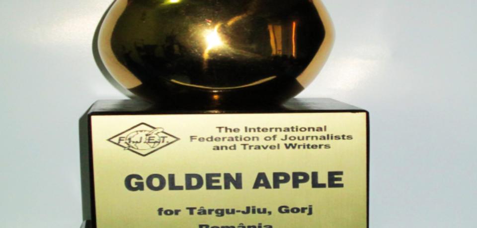 """Municipiul Oradea primește """"Mărul de Aur"""" pentru activitatea sa turistică"""
