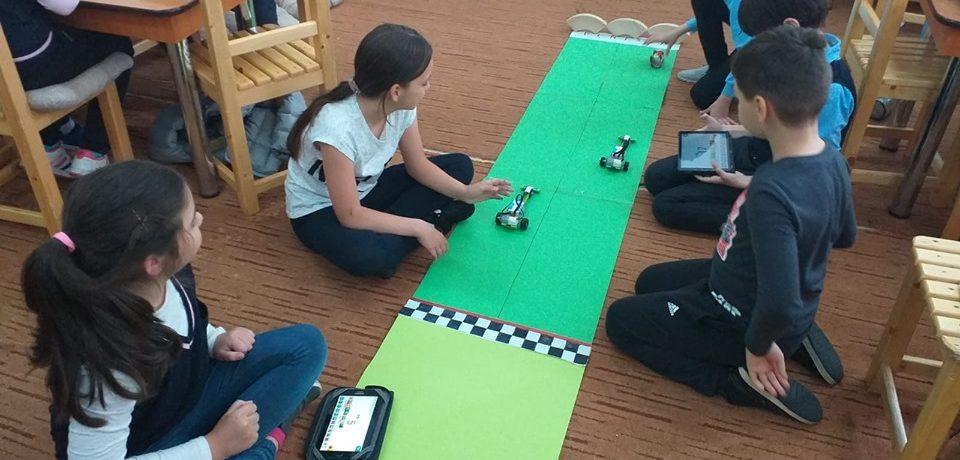 """""""Viitor în ştiinţă, VIS de copil"""", proiect desfăşurat la Liceul Ortodox """"Episcop Roman Ciorogariu"""""""