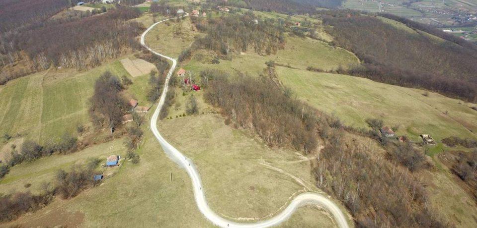 Bihorul se poate poate mândri cu prima reţea de trasee pentru alergare montană din România