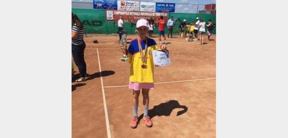 Giulia Safina Popa este campioană naţională la tenis