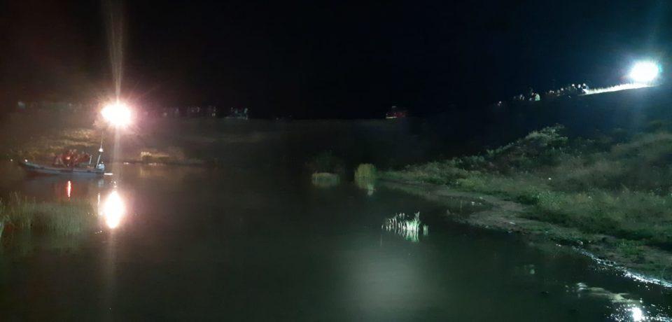Cadavrul unui adolescent, găsit de scafandrii ISU BH, la circa 2.50 metri adâncime , într-o baltă din județul Sălaj