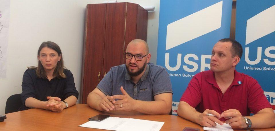 Reprofesionalizarea administratiei publice, una din temele de campanie ale Deliei Ungur de la USR Bihor