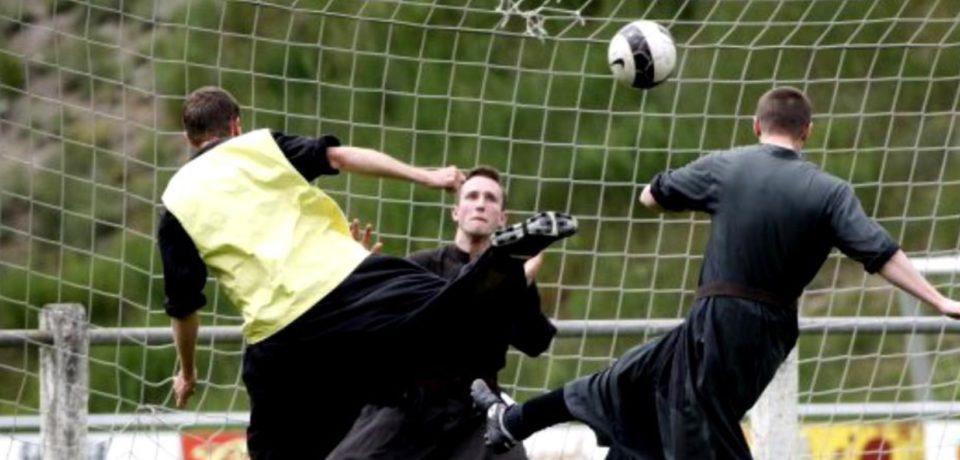 Doua echipe din Oradea vor participa la Campionatul de fotbal al preoților, la Satu Mare