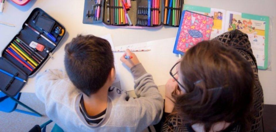 Fii prietenul copiilor din centrele de plasament! 35 de copii din Bihor îşi aşteaptă voluntarii