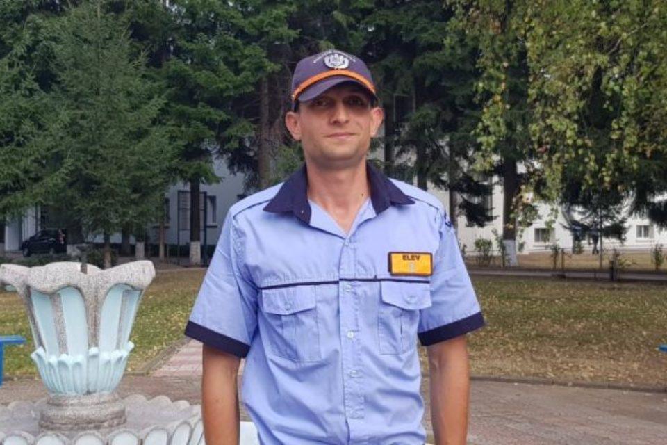 Un bihorean a absolvit Şcoala de Poliţie de la Câmpina cu cea mai mare medie din istoria unităţii